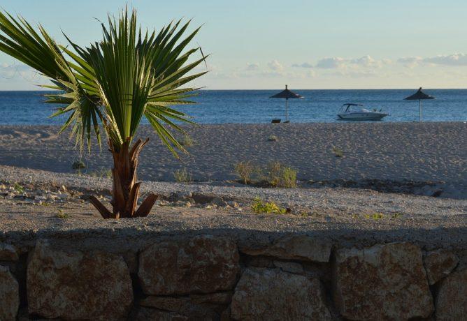 Lato w Albanii - plaża